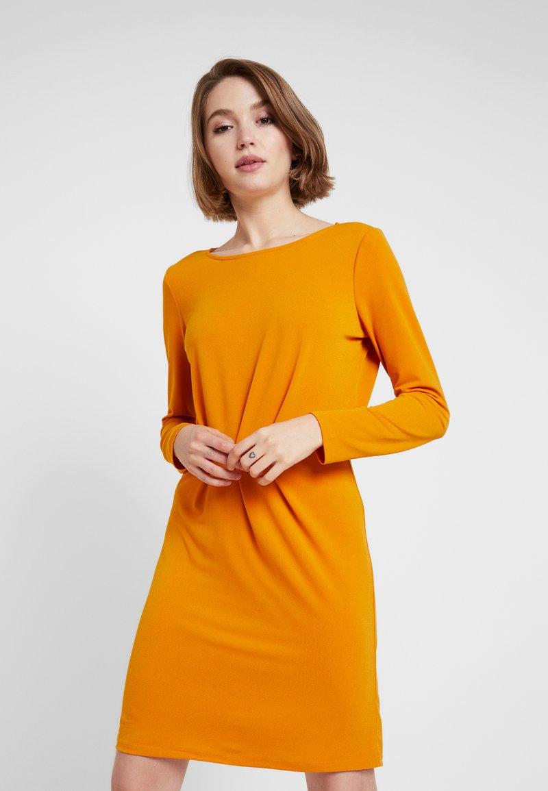 Vila - VICLASSY DETAIL DRESS - Jerseykleid - golden oak