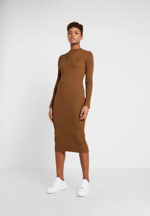 Jumper dress - toffee