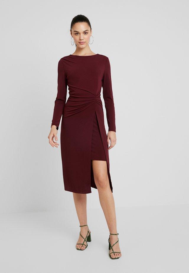 Korte jurk - tawny port