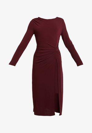 Sukienka letnia - tawny port