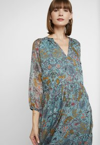 Vila - Maxi dress - oil blue - 5