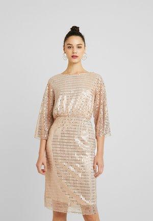 Sukienka koktajlowa - silver peony