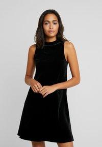 Vila - Day dress - black - 0