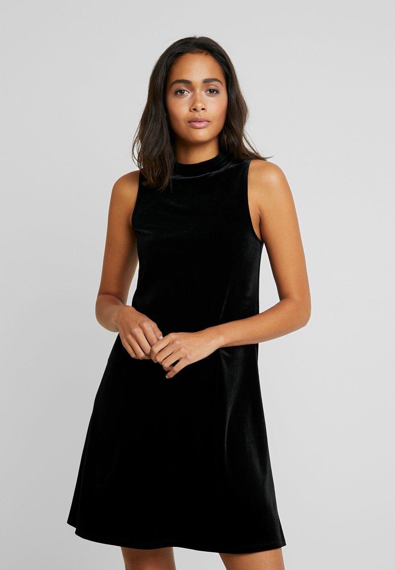 Vila - Denní šaty - black
