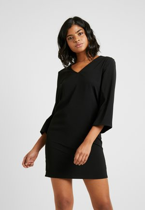 VIPALLA 7/8 SLEEVE DRESS - Kjole - black