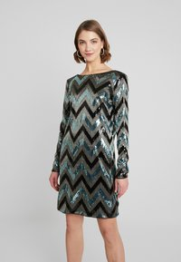 Vila - VISPARKY CHEVRON DRESS - Vestido de cóctel - black - 0