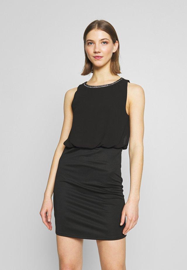 VIGRETHA FITTED DRESS - Cocktail dress / Party dress - black