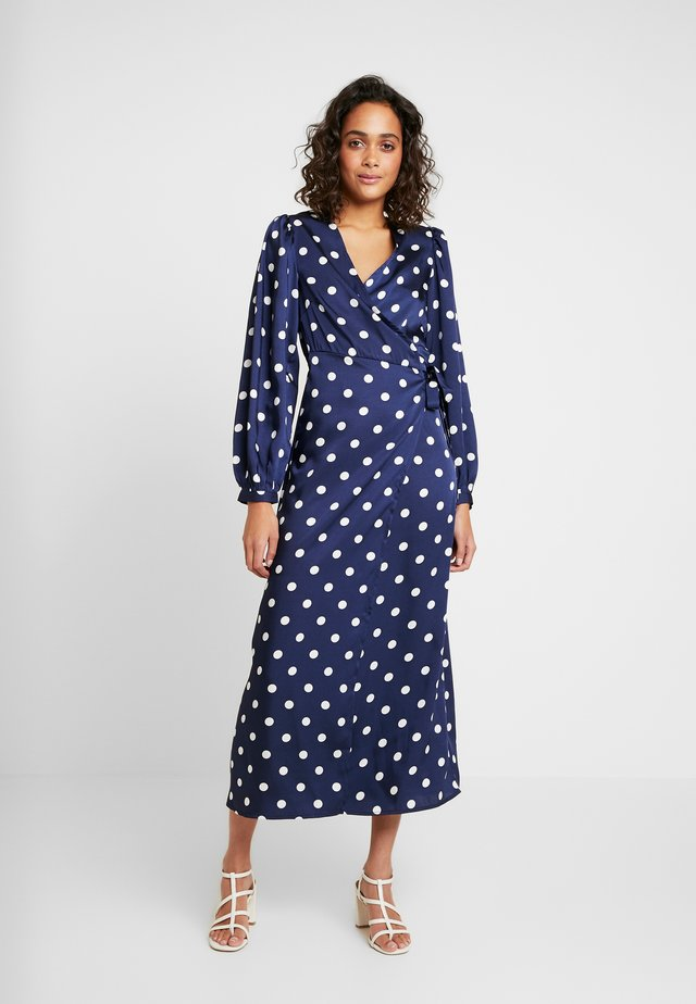VIDOLETTA WRAP DRESS - Maxi-jurk - total eclipse/cloud dancer