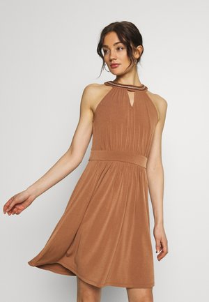 VIROSA PEARL KEYWHOLE DRESS - Cocktailjurk - rawhide