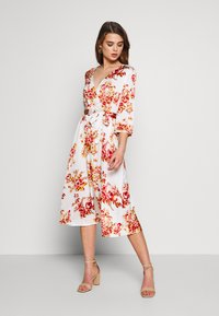 Vila - VILIVA NEW MEDI BELT DRESS - Kjole - cloud dancer/red/beige - 1