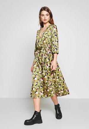 VILIVA NEW MEDI BELT DRESS - Day dress - dark olive/pink