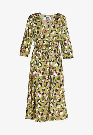 VILIVA NEW MEDI BELT DRESS - Vestito estivo - dark olive/pink