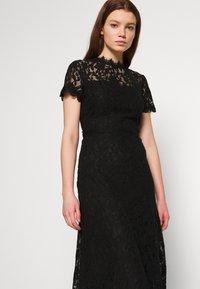 Vila - VICORALIA MAXI DRESS - Společenské šaty - black - 3