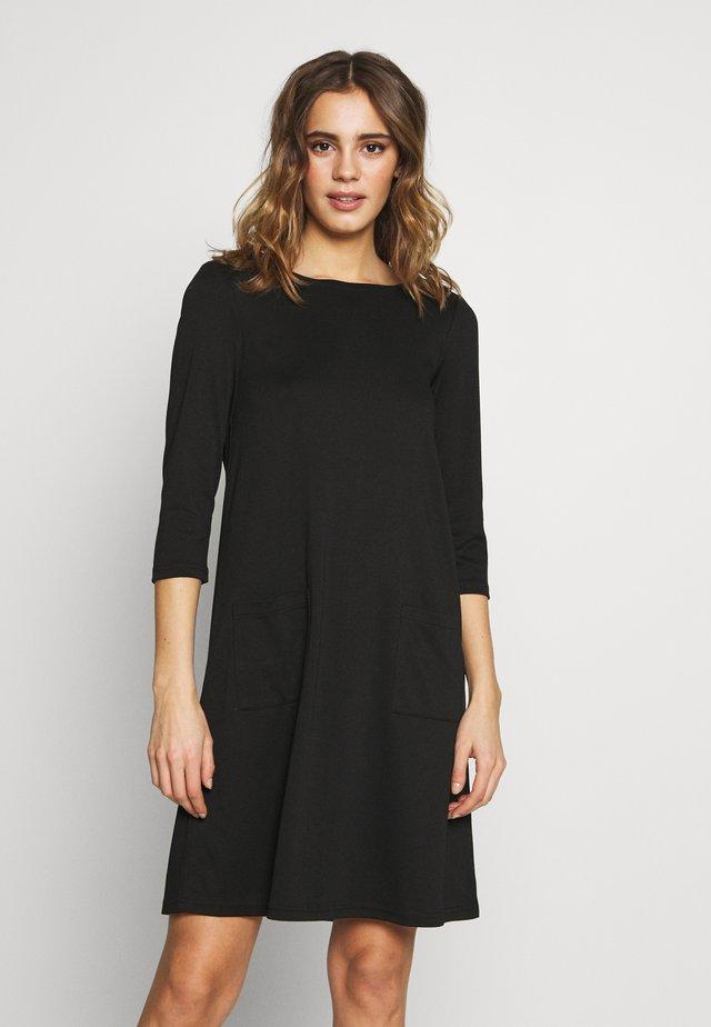 VITINNY  3/4 SLEEVE POCKET DRESS - Žerzejové šaty - black