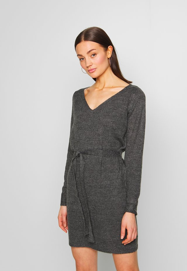 VISURIL V-NECK  SHORT DRES - Gebreide jurk - dark grey melange