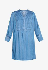 Vila - VIMAKENNA 3/4 DRESS - Dongerikjole - medium blue denim - 4