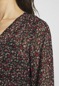 Vila - VIRUNA FLOUNCE DRESS - Sukienka letnia - black/roseblume - 5
