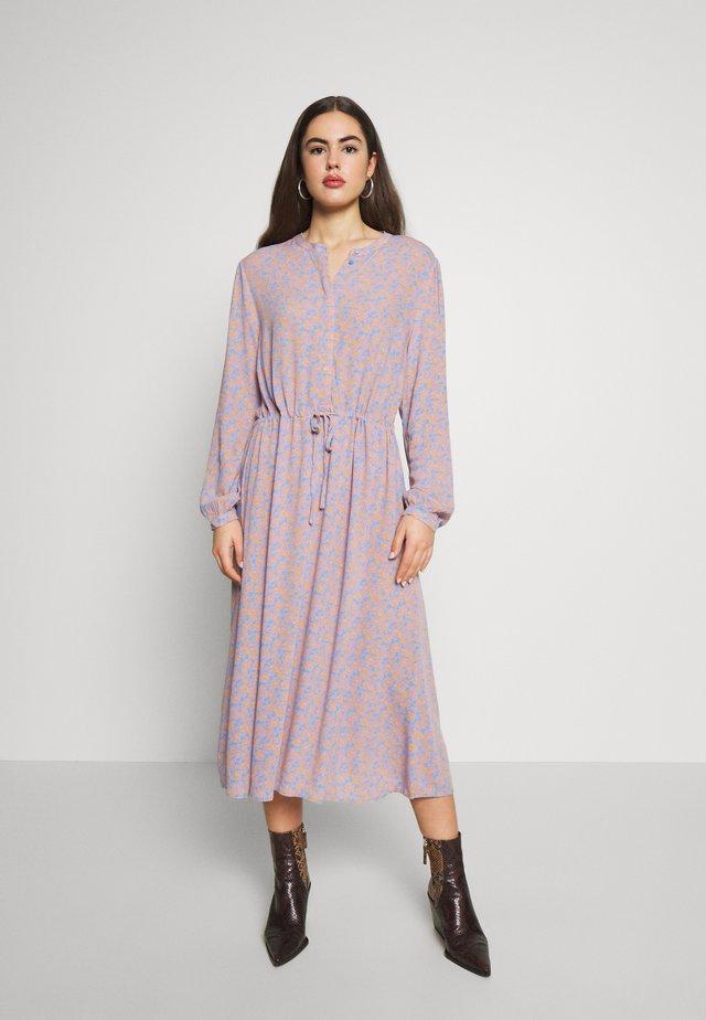 VIMOASHLYROVINA MIDI DRESS - Shirt dress - provence/rovina print