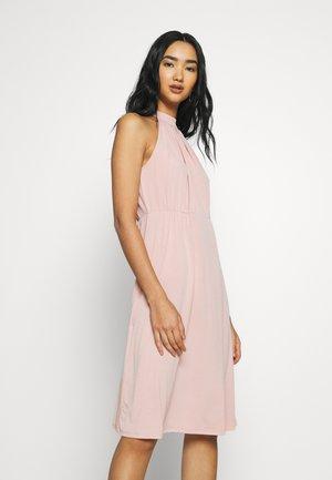 VIOCENNA WRINKLE EFFECT DRESS - Jersey dress - misty rose