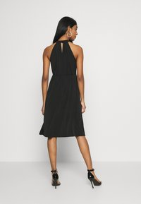 Vila - VIOCENNA WRINKLE EFFECT DRESS - Jerseyjurk - black - 2