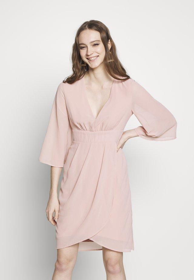 VIMICADA - Sukienka letnia - pale mauve