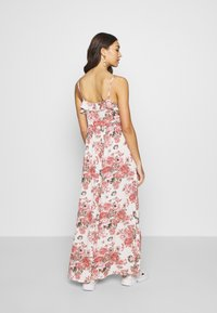 Vila - VIROSALINE MAXI DRESS - Maxi-jurk - cloud dancer - 3