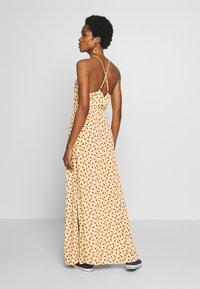 Vila - VITULLE V-NECK MAXI DRESS - Maxi šaty - mellow yellow - 2