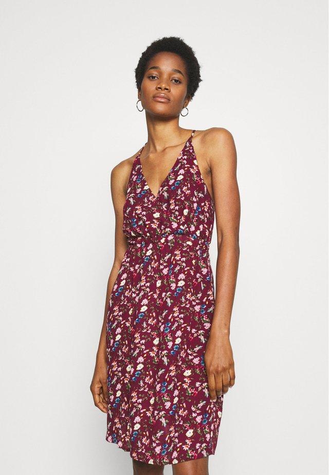 VITULLE SHORT DRESS - Korte jurk - winetasting/blue/rose