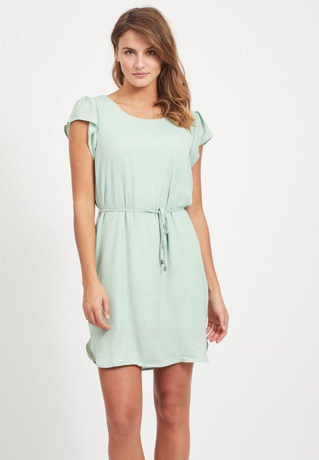 Korte jurk - cameo green