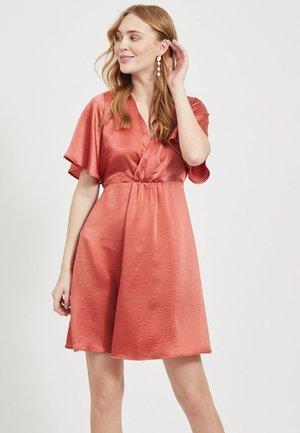 Korte jurk - mottled pink