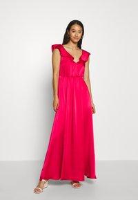 Vila - VIFLOATING FRILL MAXI DRESS - Suknia balowa - barberry - 0