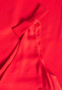 Vila - VIJAHULA DRESS - Korte jurk - flame scarlet - 2