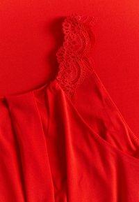 Vila - VITAINI NEW DRESS - Maxi-jurk - flame scarlet - 2