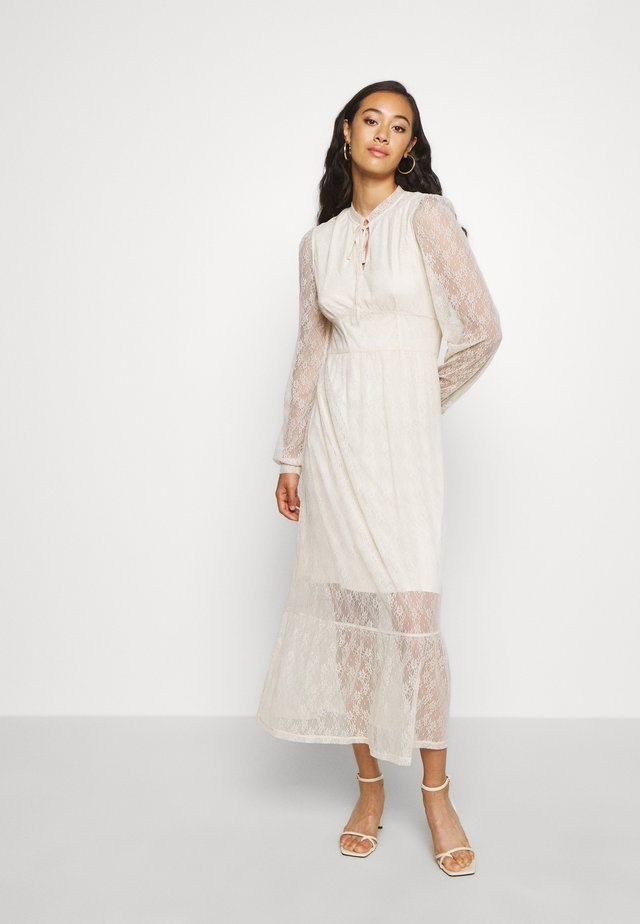 VISABI MIDI DRESS - Day dress - birch