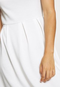 Vila - VITINNY DOLL DRESS - Jerseyjurk - cloud dancer - 4