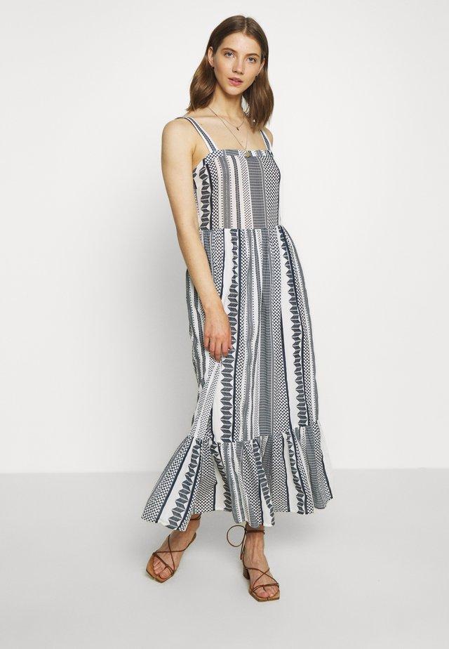 VIHANNAS MIDI DRESS - Vestido informal - snow white/navy blazer
