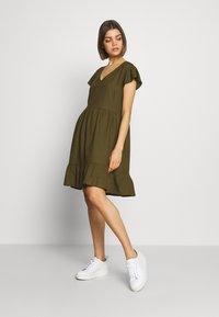 Vila - VINASRIN VNECK DRESS - Korte jurk - dark olive - 1