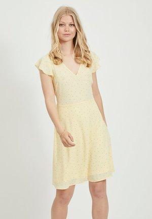 Korte jurk - mellow yellow