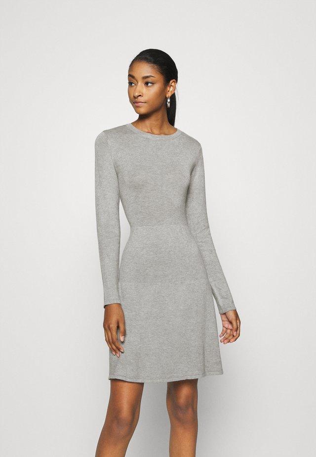 VIBOLONSIA DRESS - Sukienka dzianinowa - light grey melange