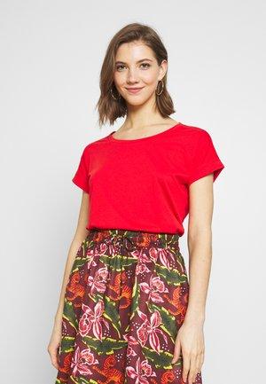 VIDREAMERS PURE - T-shirt basique - flame scarlet
