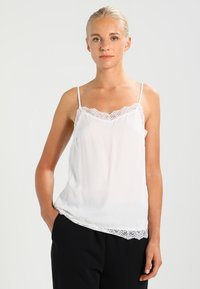 Vila - VICAVA SINGLET - Topper - cloud dancer - 0