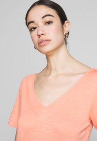 Vila - VINOEL  - T-shirt basic - desert flower - 3