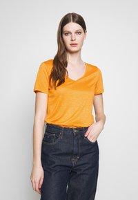 Vila - VINOEL  - T-shirt basic - apricot - 0