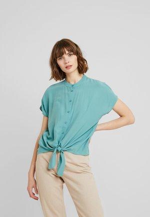 VITHOMA - Skjorte - oil blue