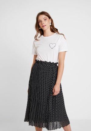 VIEVIE - T-shirt med print - cloud dancer/navy blazer