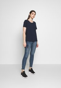 Vila - VISUS ONECK - T-shirts print - navy blazer - 1