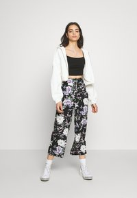 Vila - VILALI FESTIVAL CROPPED 2 PACK - Top - black/rose smoke - 1