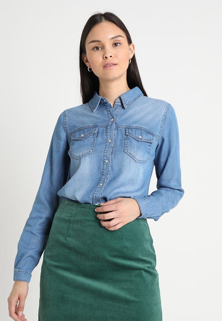 Vila - VIBISTA  - Button-down blouse - medium blue denim