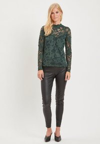 Vila - VISTASIA - Bluzka - dark green - 1