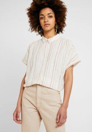 VILURANA - Button-down blouse - sandshell